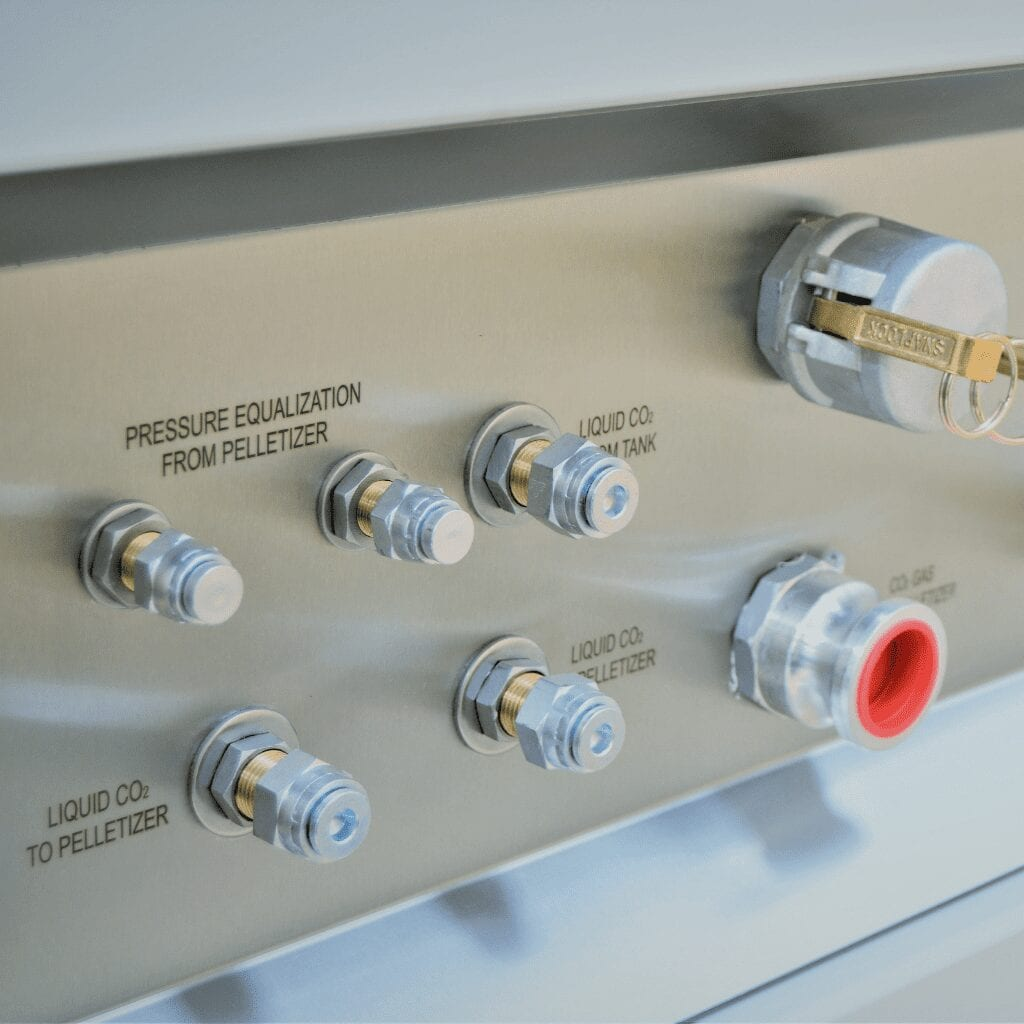 Plugin of a Co2 Gas Recovery Unit from Aquila Triventek.